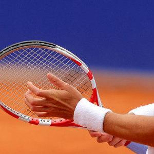 テニスで起こりやすいケガとは? その予防と治療について